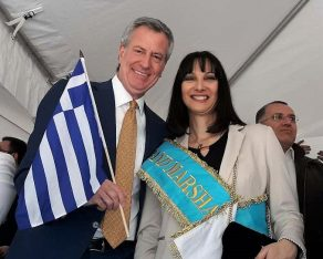 Greek Tourism Minister Elena Kountoura and New York Mayor Bill de Blasio.