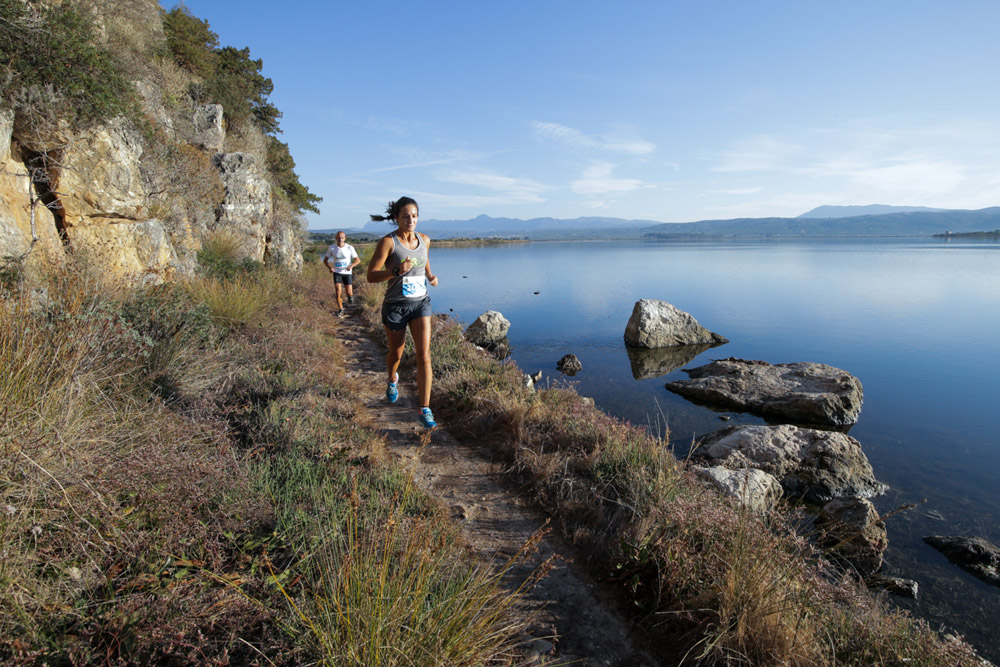 Participant runners in Navarino Challenge (photo by Babis Giritziotis)