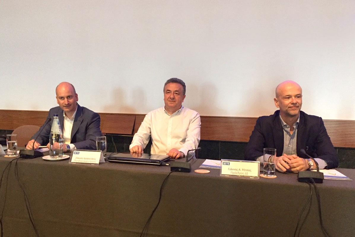 SETE general manager Giorgos Amvrazis, Crete governor Stavros Arnaoutakis and SETE president Yiannis Retsos.