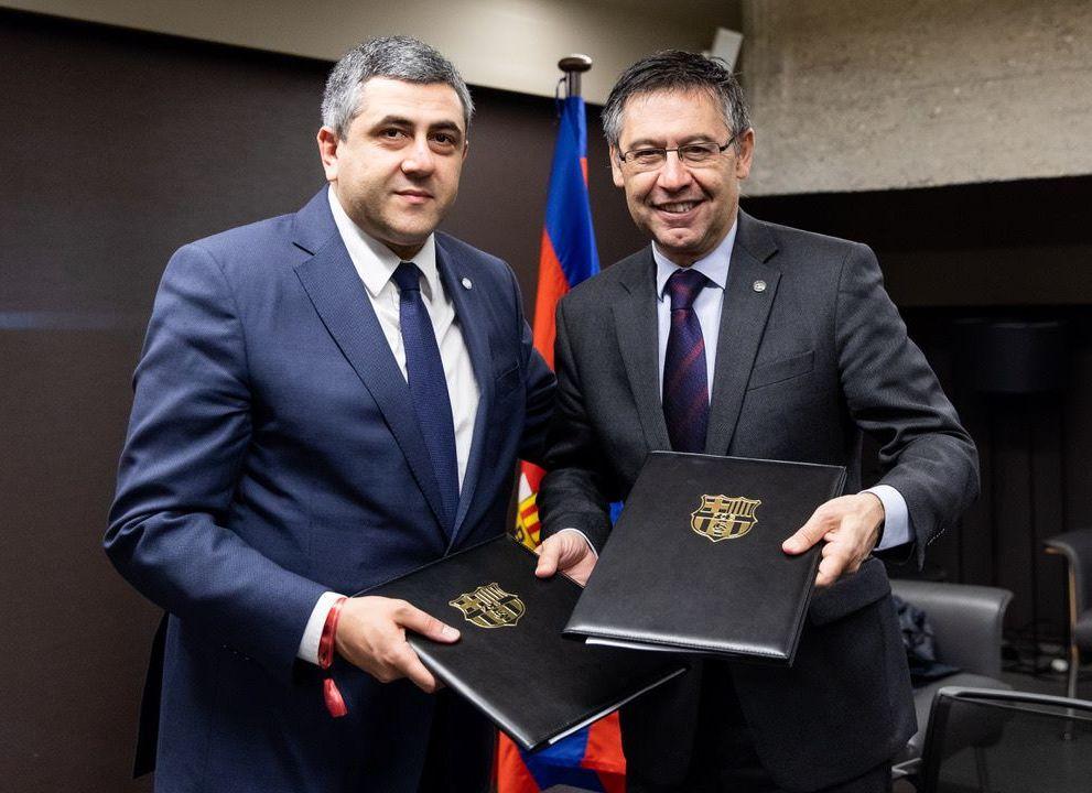 UNWTO Secretary-General Zurab Pololikashvili and FC Barcelona President Josep Maria Bartomeu.