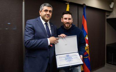 UNWTO Secretary-General Zurab Pololikashvili and footballer Lionel Messi. Photo source: UNWTO