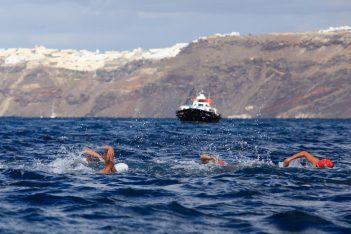 Santorini Experience: Swimming event. Photo by Babis Gkiritziotis
