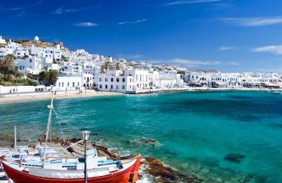 Mykonos Island. Photo © www.hostelbay.com