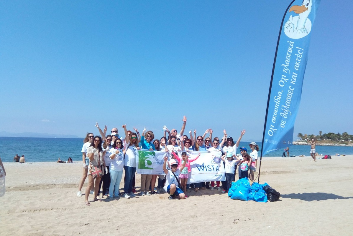 WISTA Hellas held a cleanup operation in Glyfada beach.