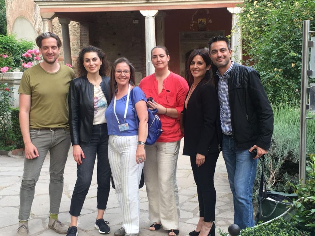TCB's project manager, Dimitris Ganitis (L) and general manager, Efi Koudeli (second from right) with tour guide Maria Kyriakidou and Greek journalists. Photo source: TCB