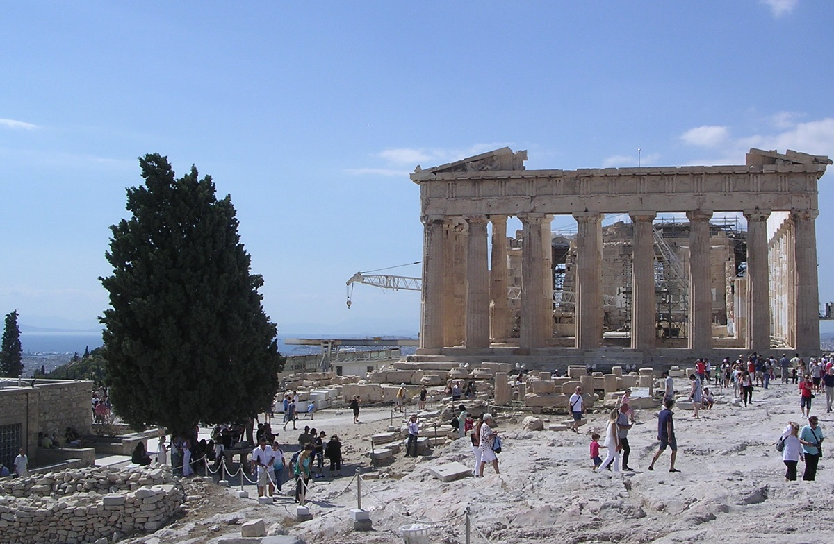 The old Acropolis Museum is located next to the Parthenon on the Acropolis hill. Photo: GTP