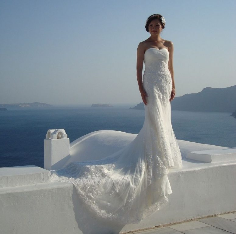 A bride from China on Santorini.