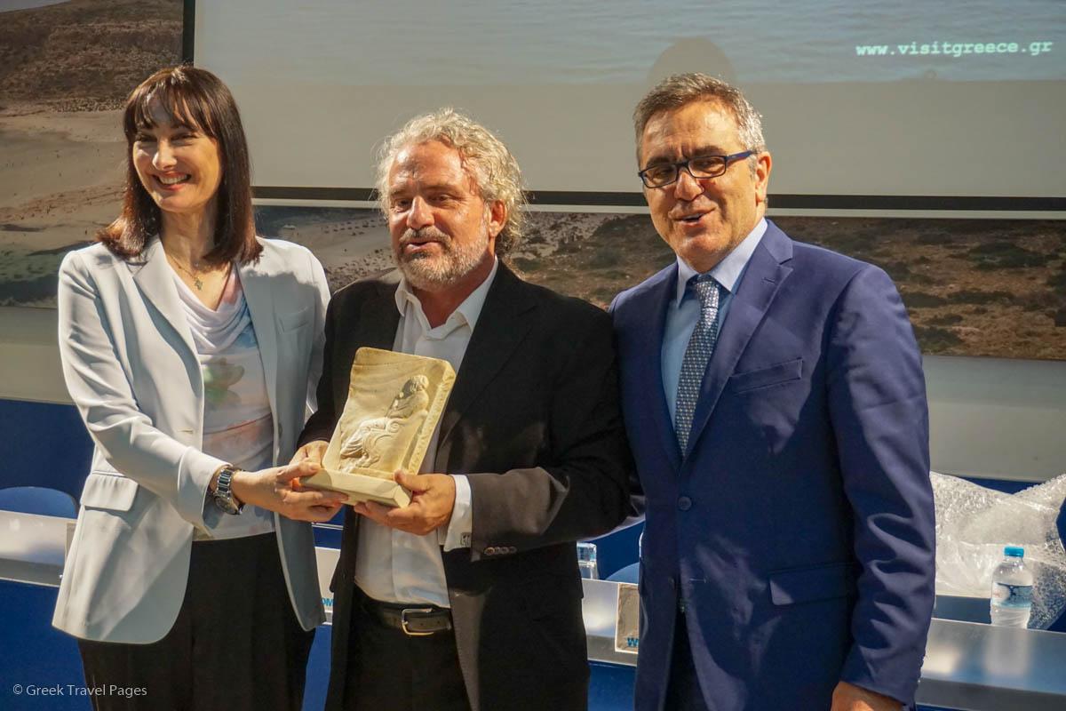 Tourism Minister Elena Kountoura, Greek Director Andonis Theocharis Kioukas and GNTO Secretary General Konstantinos Tsegas.