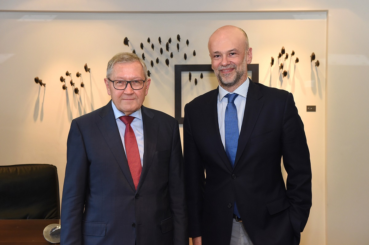 European Stability Mechanism (ESM) Managing Director Klaus Regling and SETE President Yiannis Retsos.