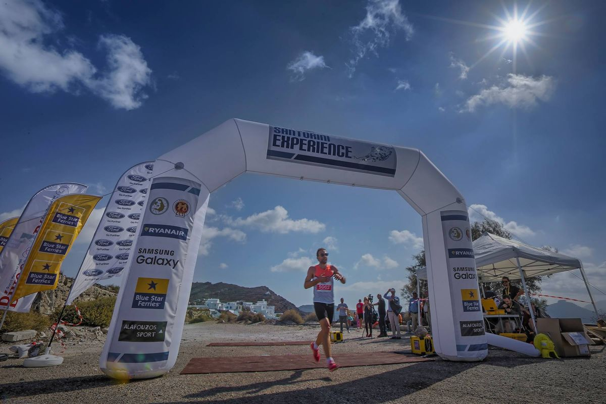 """Santorini Experience"" running event. Photo by Loukas Hapsis."