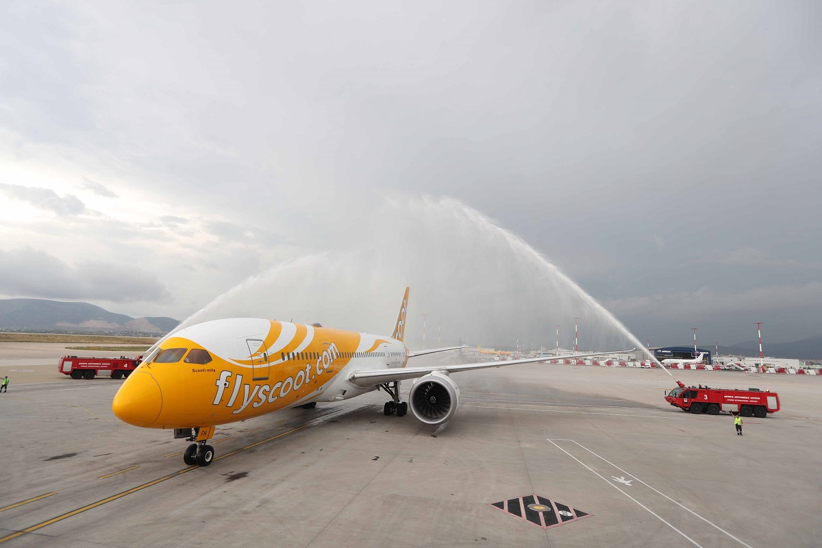 Scoot's flight was greeted by a water canon salute at Athens Airport.