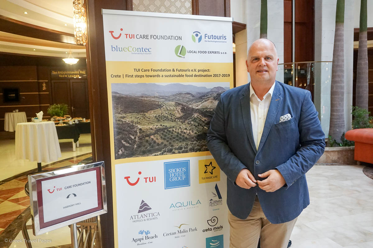 """Thomas Ellerbeck, Chairman of the Board of Trustees of the TUI Care Foundation, on Crete for the """"TUI Cares for Crete – Sustainable Food"""" project."""