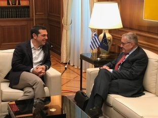 Meeting of Greek Prime Minister Alexis Tsipras and ESM Managing Director Klaus Regling. Photo source: ESM