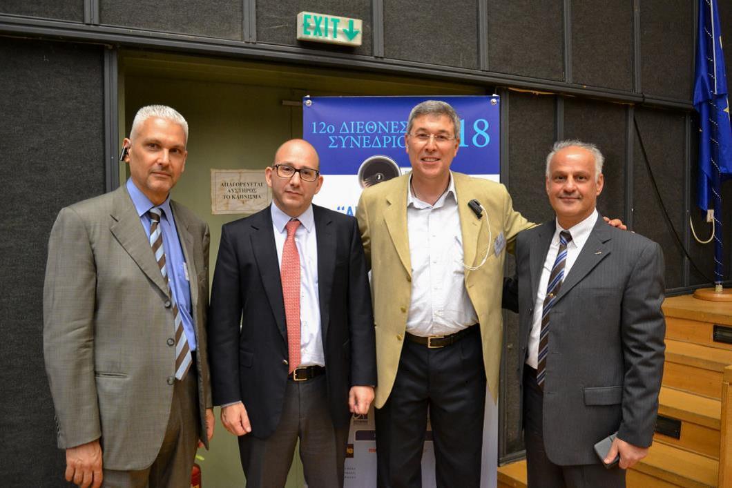 (από αριστερά) Φωκίων Ζαϊμης, Γιάννης Παπάζογλου,<br />Αλέξανδρος Μοζ, Σμχος (Ι) Παναγιώτης Γεωργιάδης | πηγή: iForce Επικοινωνίες Α.Ε.
