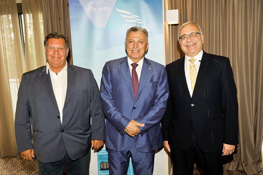Mouzenidis Group President Boris Mouzenidis and Ellinair Commercial Director Stavros Daliakas during the event on Crete.