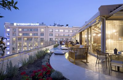 The rooftop bar and restaurant of the Wyndham Athens Residence.