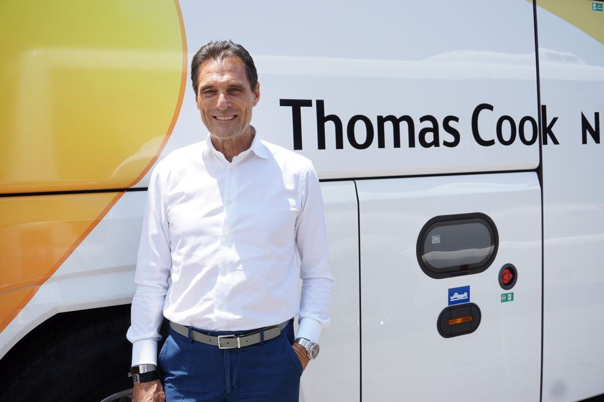 Thomas Cook Fankhauser bus