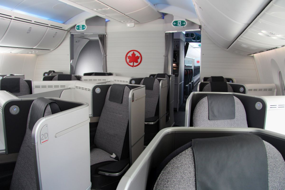Air Canada Signature Class cabin. Photo source: Air Canada