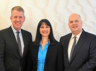 Greek Tourism Minister Elena Kountoura with TUI Group CEO Fritz Joussen and the chairman of the Board of Trustees of the TUI Care Foundation, Thomas Ellerbeck.