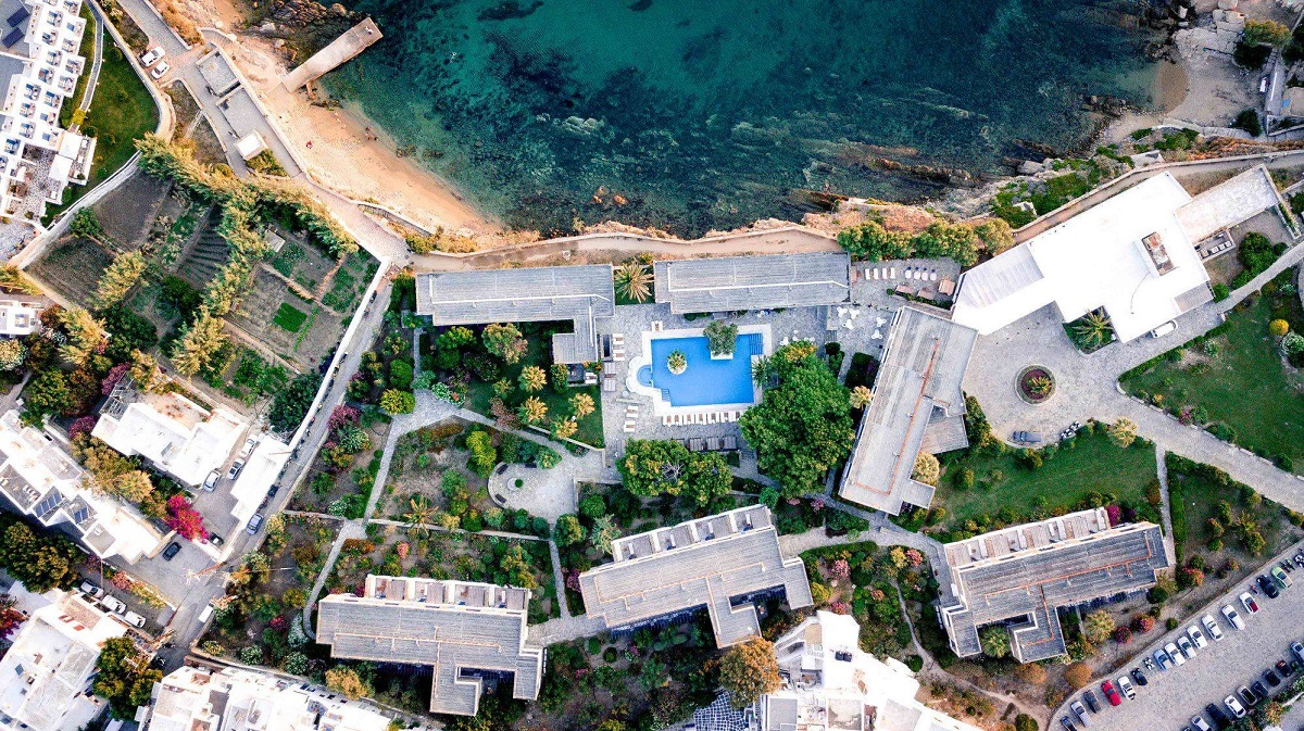 Mykonos Theoxenia. Photo Source: @Louis Hotels
