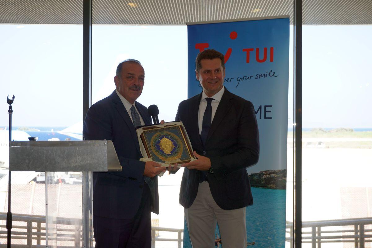 Rhodes Mayor Fotis Hatzidiakos and Michalis Mavropoulos, TUI Destination Services Regional Director for East Mediterranean. Photo © GTP