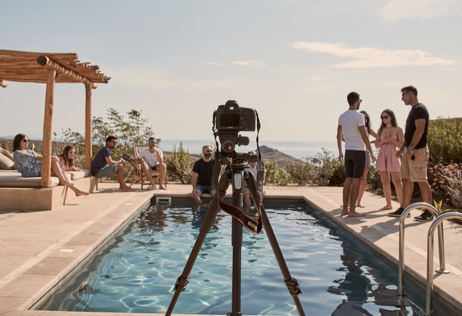 The characters of the entire photo shoot are the actual members of the Destsetters team and its innovative hotel startups (Travel by Interest & Hotelier Academy).