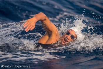 George Arniakos in the open water swimming race by Vikos (photo by Elias Lefas)