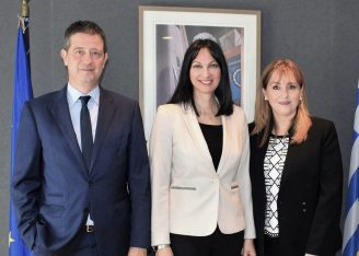 Secretary General for Tourism Policy George Tziallas, Greek Tourism Minister Elena Kountoura and WTTC President and CEO Gloria Guevara.
