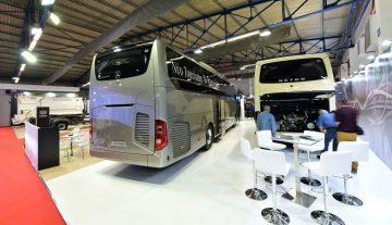 Η νέα γενιά τουριστικών λεωφορείων της Mercedes-Benz.