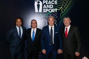 Football player Christian Karembeu; South Aegean Governor George Chatzimarkos; former basketball champion Nikos Galis; Peace and Sport founder Joël Bouzou.