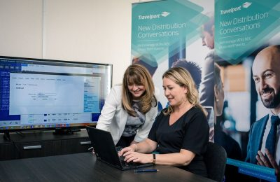 The first NDC booking with Travelport technology taking place. Photo source: Travelport