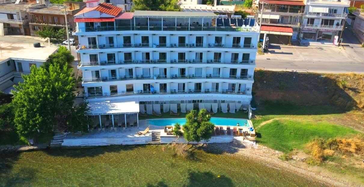 Porto Evia, Amarynthos, Evia.