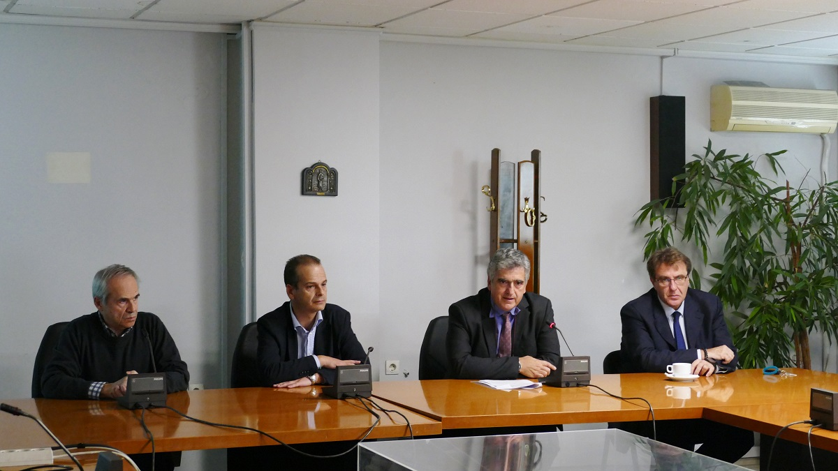 Thanos Vourdas, secretary general of the Ministry of Transport (second-left) presented the Ergose plans for Sepolia during a recent press conference.