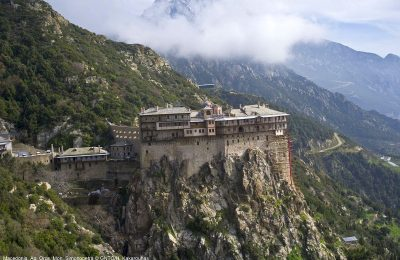 Mount Athos, Simonopetra Monastery. Photo Source: Visit Greece / H. Kakarouhas