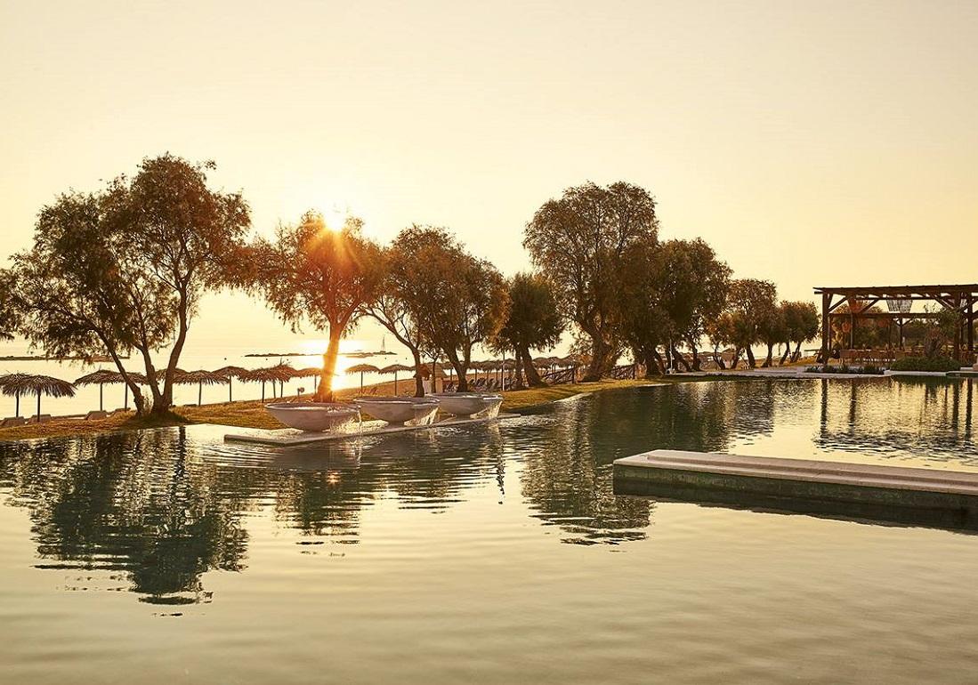 Photo Source: @Grecotel Hotels & Resorts