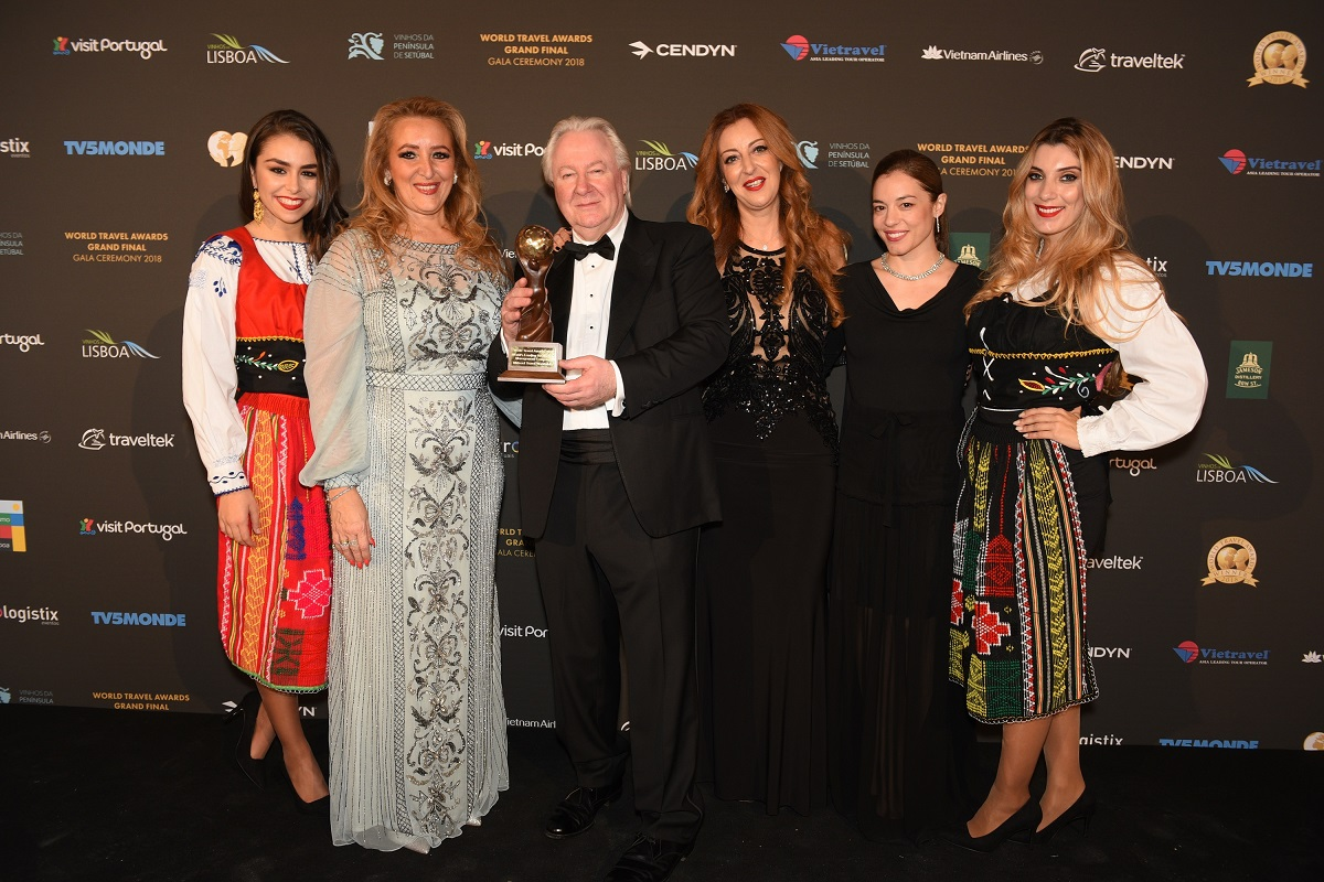 Mideast Travel Worldwide General Manager Katerina Mousbeh, WTA founder Graham Cooke; Mideast Director Maria Mousbeh, and Markeging and Communications Manager Elina Argyri.