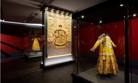 """Gallery Talks: """"From the Forbidden City imperial apartments of Qianlong"""". Photo Source: Acropolis Museum"""