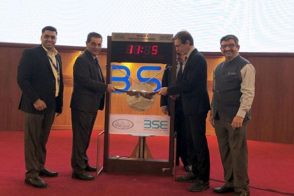 TIF Helexpo President Tasos Tzikas with CEO Kyriakos Pozrikidis at the Bombay Stock Exchange.