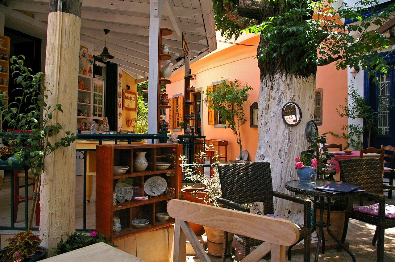 Restaurant on Samos. Photo source: pixabay.com