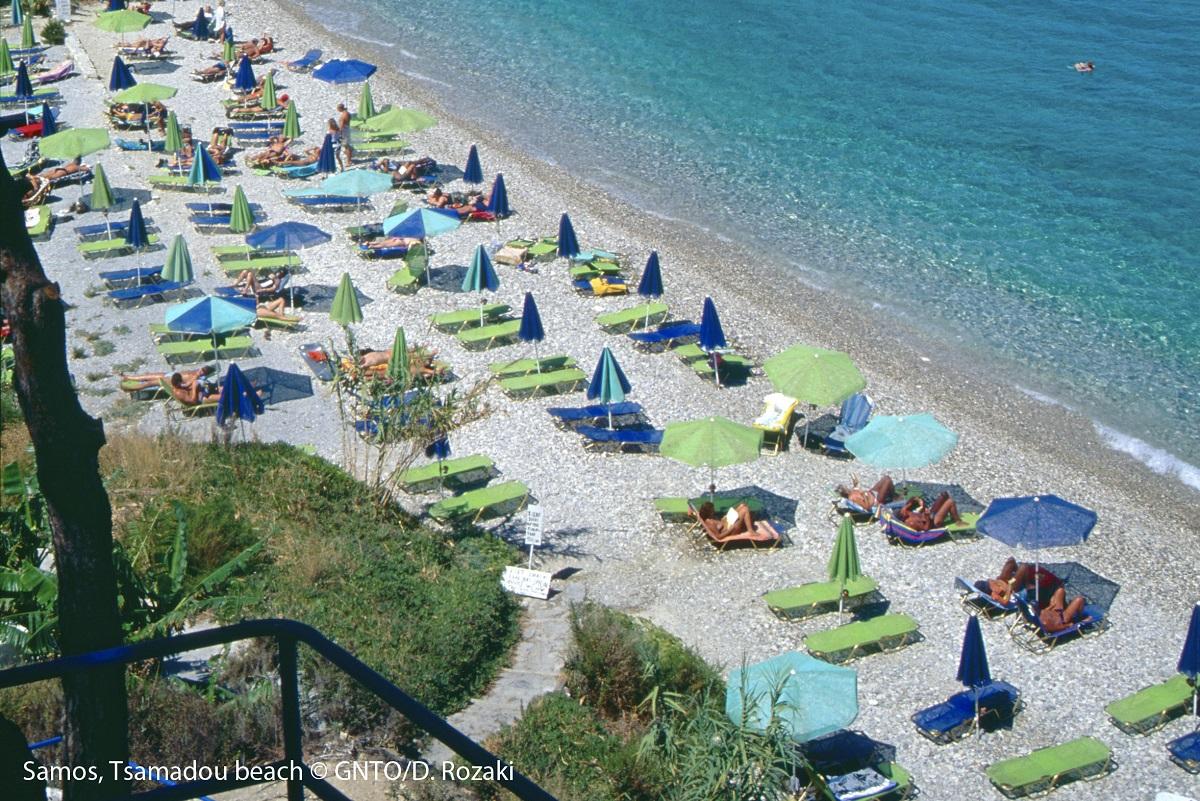 Samos island, Tsamadou beach. Photo Source: Visit Greece/D. Rozaki