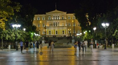 Athens, Syntagma square. Photo: Visit Greece / H. Kakarouhas