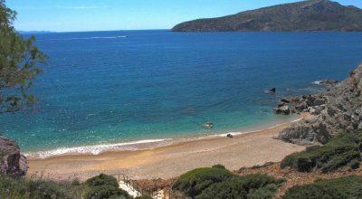Legrena Beach (KAPE) in Attica. Photo source: VisitGreece / S. Pavlidis