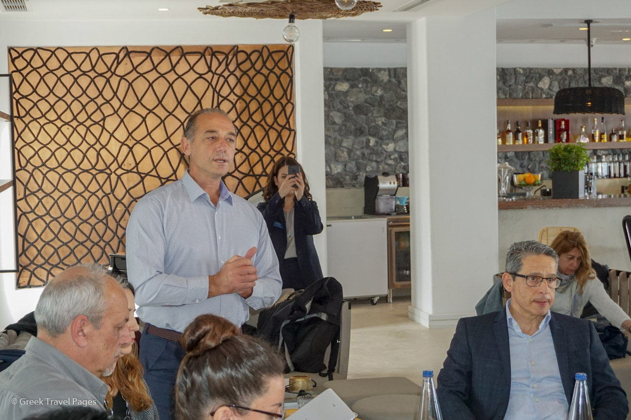"Kostas Bouyouris from ""Local Food Experts"", a partner to Metaxa Hospitality Group in its sustainability efforts, presenting the group's 2018 sustainability report to Greek journalists."