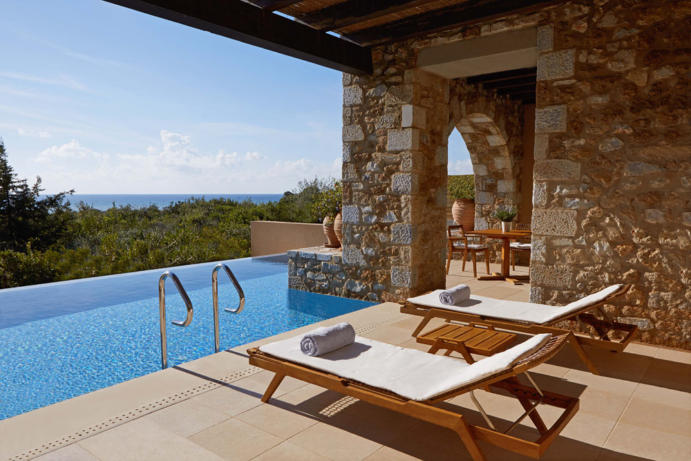 The Westin Resort Costa Navarino Premium Suite (photo by Costa Navarino)