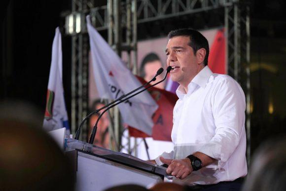 Photo source: @atsipras / twitter