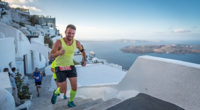 Men running at Santorini sports race