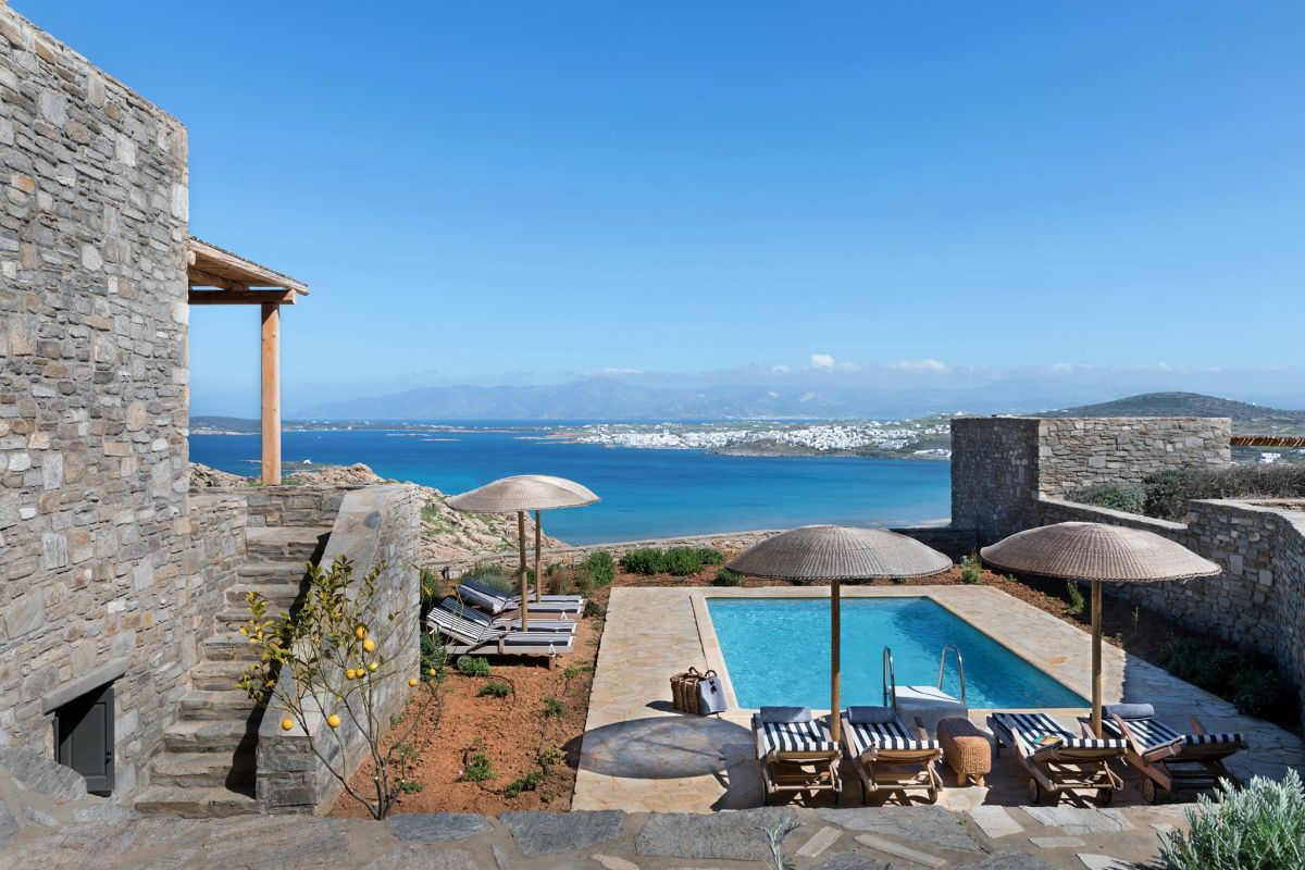 Photo source: 24 Estate Villas Paros
