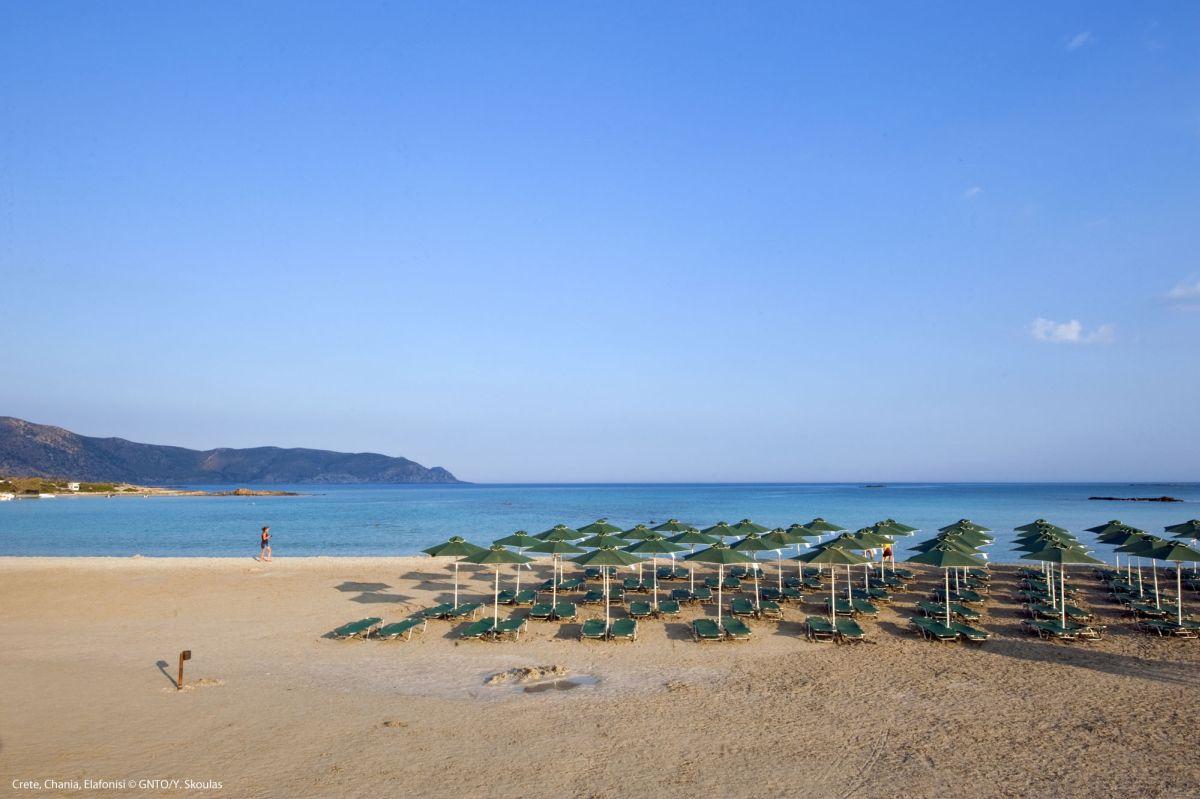 Elafonisi Beach, Crete. Photo source: Visit Greece / Y. Skoulas