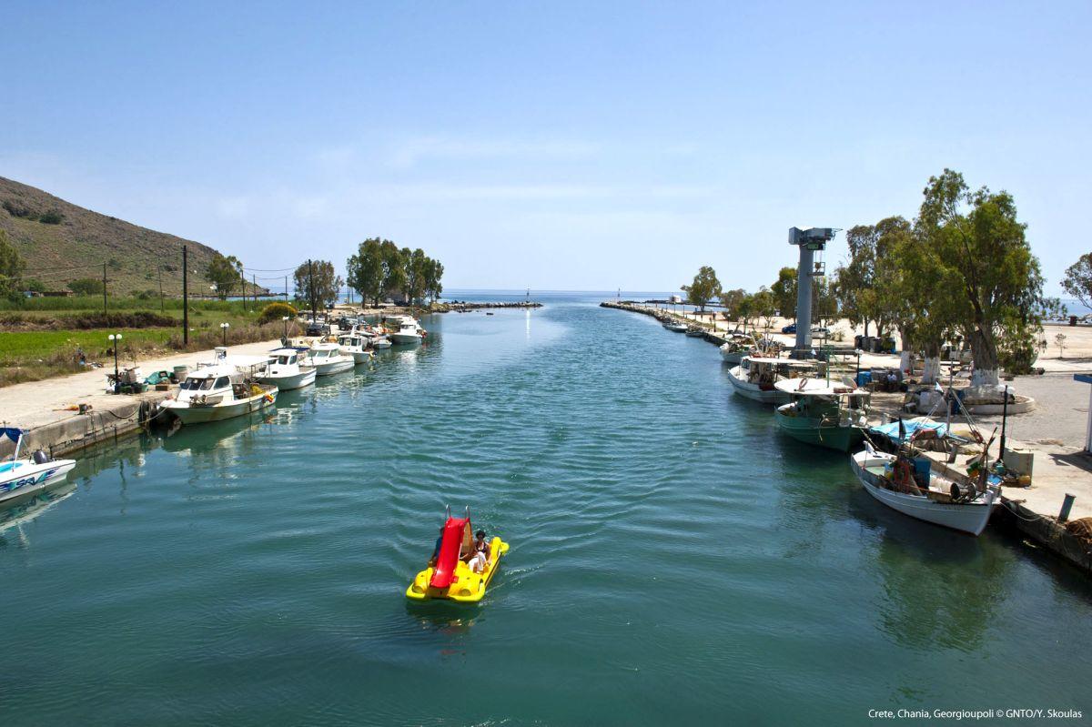 Georgioupoli, Chania, Crete. Photo source: Visit Greece / Y. Skoulas