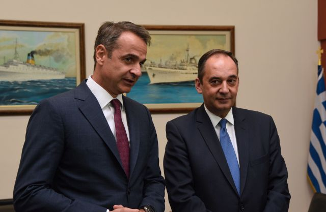 Greek Prime Minister Kyriakos Mitsotakis and Shipping Minister Yiannis Plakiotakis. Photo source: Shipping Ministry
